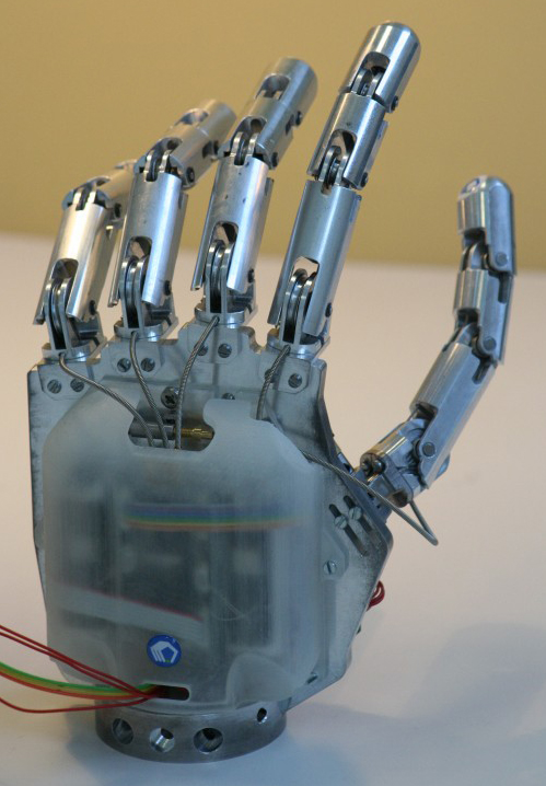 Advantages of robotics 4 8
